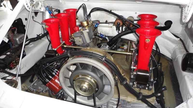 porsche_911_3.5_RSR_motor (72)