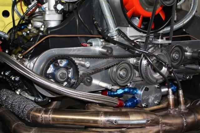 rennmotor_4_zylinder_ohc (13)